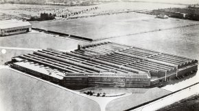 Aerial black and white photo of Cunliffe-Owen factory.
